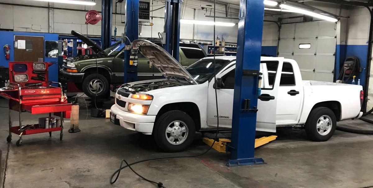 auto repair shop trained ASE mechanics